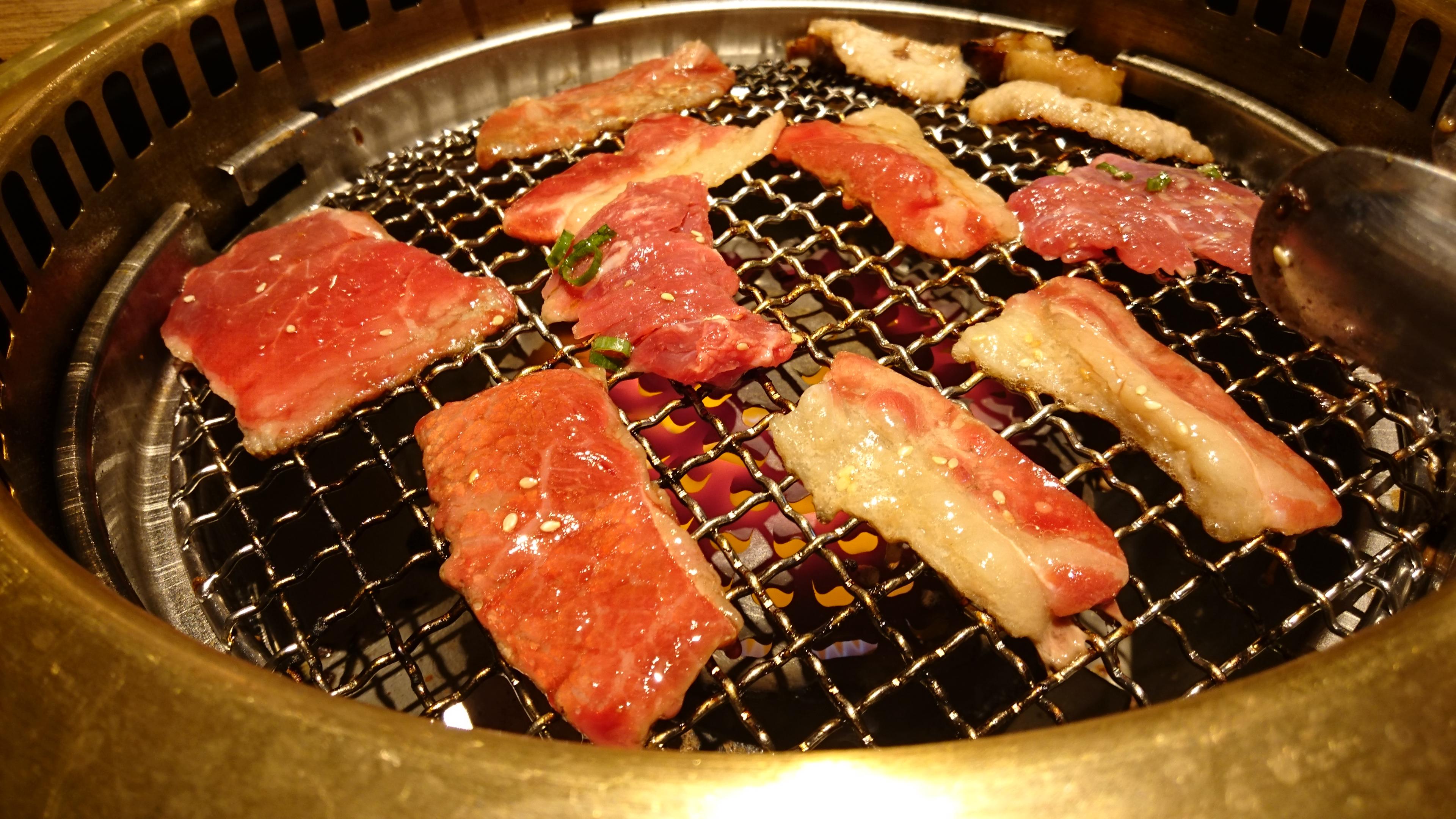 お肉が食べたい!!好想吃肉!!