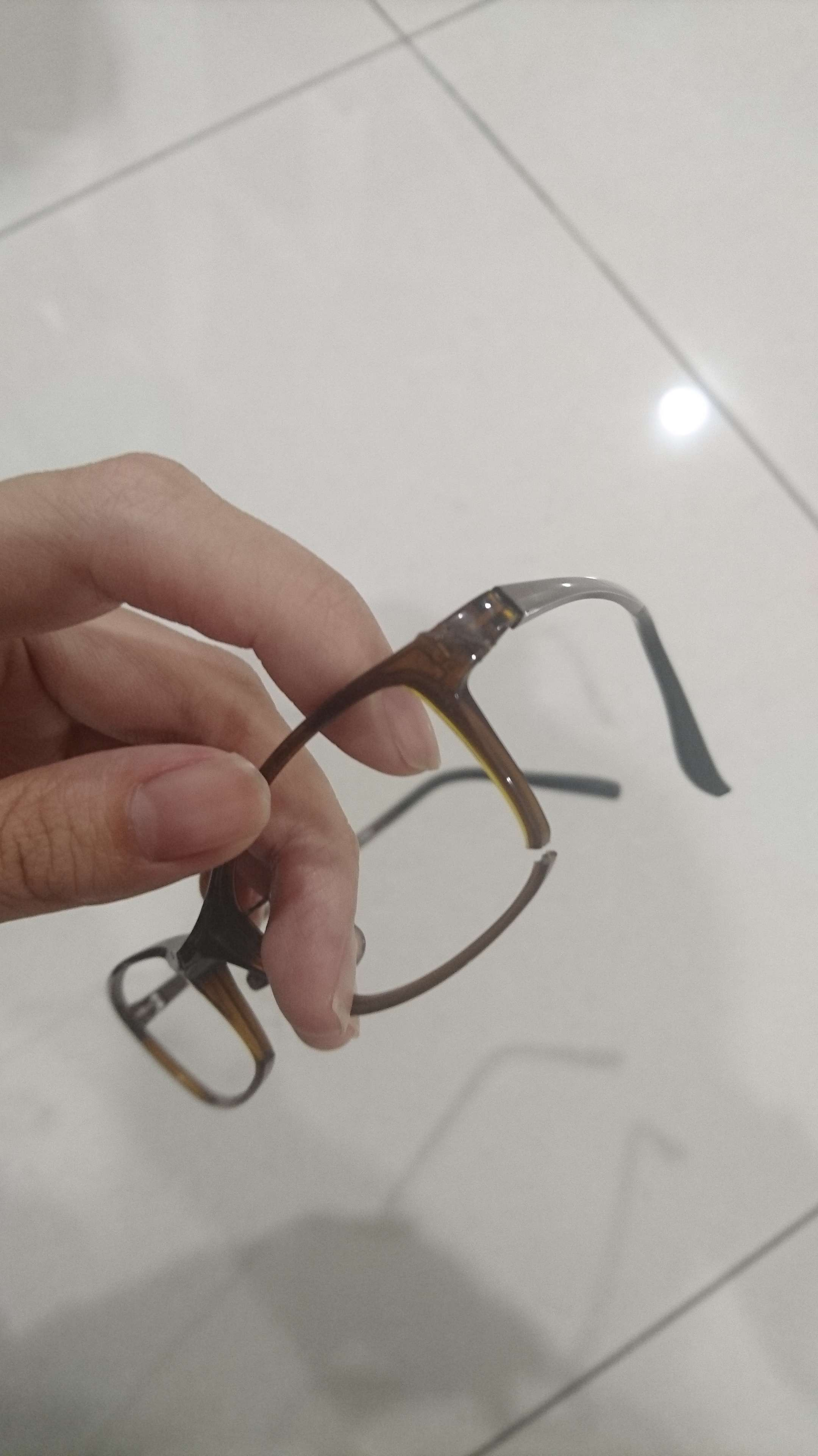 台南で眼鏡を買いました  在台南買眼鏡