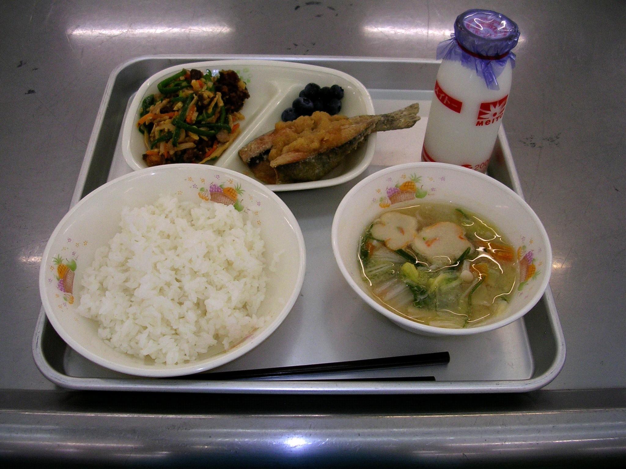 【言語交流会】日台、給食について   【語言交流會】關於日台的營養午餐